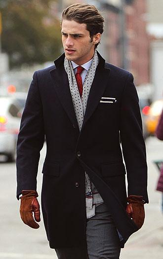 赤ネクタイの着こなし・合わせ ...